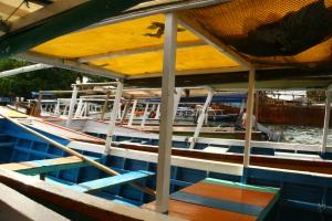 Kapal Boat yang bisa disewa di Pelabuhan Soekarno Hatta makassar