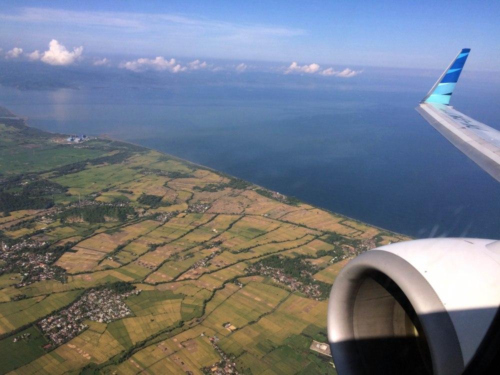 Penerbangan Jkt - Lombok 2 jam + 1 jam karena perbedaan waktu